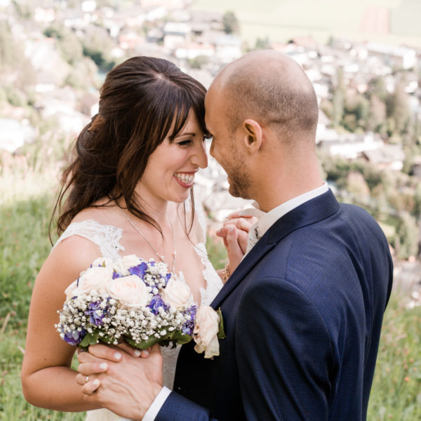 Stephanie & Ziad. Italienisch feiern. Auf einer Burg in den Dolomiten.